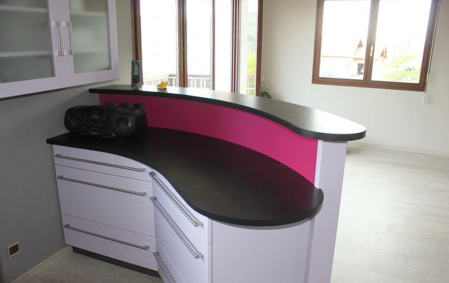 BAR EN GRANIT BLACK I FINITION LETANO
