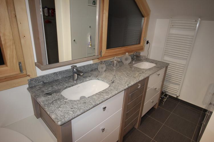 Amazing Double Vier Sous Plan De Travail Granit With Plan De Travail Meuble Salle De Bain