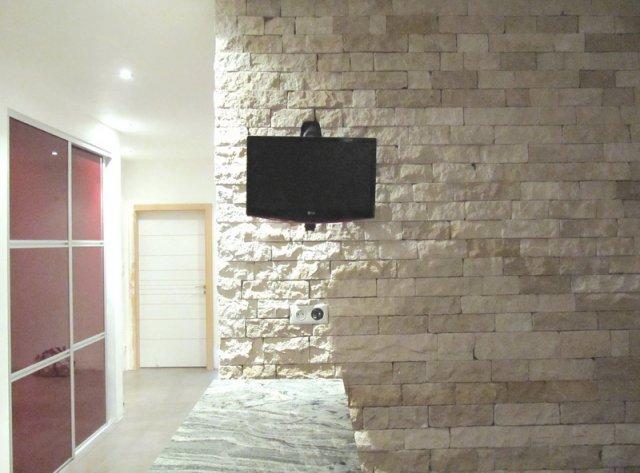 plus de 1000 id es propos de pierres parement sur. Black Bedroom Furniture Sets. Home Design Ideas